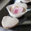Kruche ciasteKruche ciasteczka maślane dekorowane masą cukrową